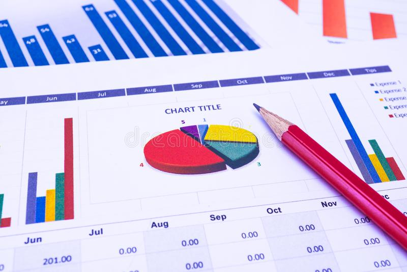 Grafieken en Grafiekendocument Financieel, het Rekenschap geven, Statistieken, het Analitische onderzoekgegevens en concept van d stock fotografie