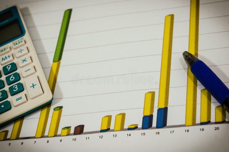 Grafieken en pen stock foto