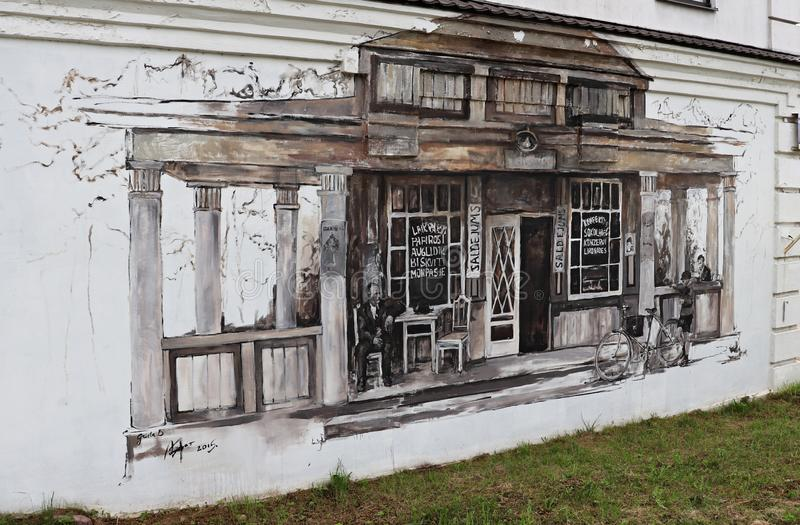 Grafisch schilderij geschilderd op de muur van een huis in de stad Daugavpils Letland, juli 2019 royalty-vrije stock afbeelding