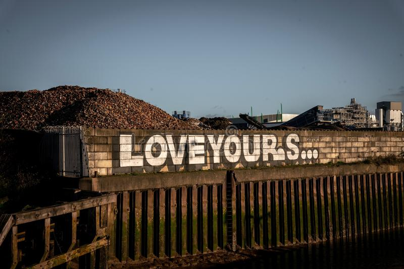Grafite na borda do rio Hull fotografia de stock royalty free