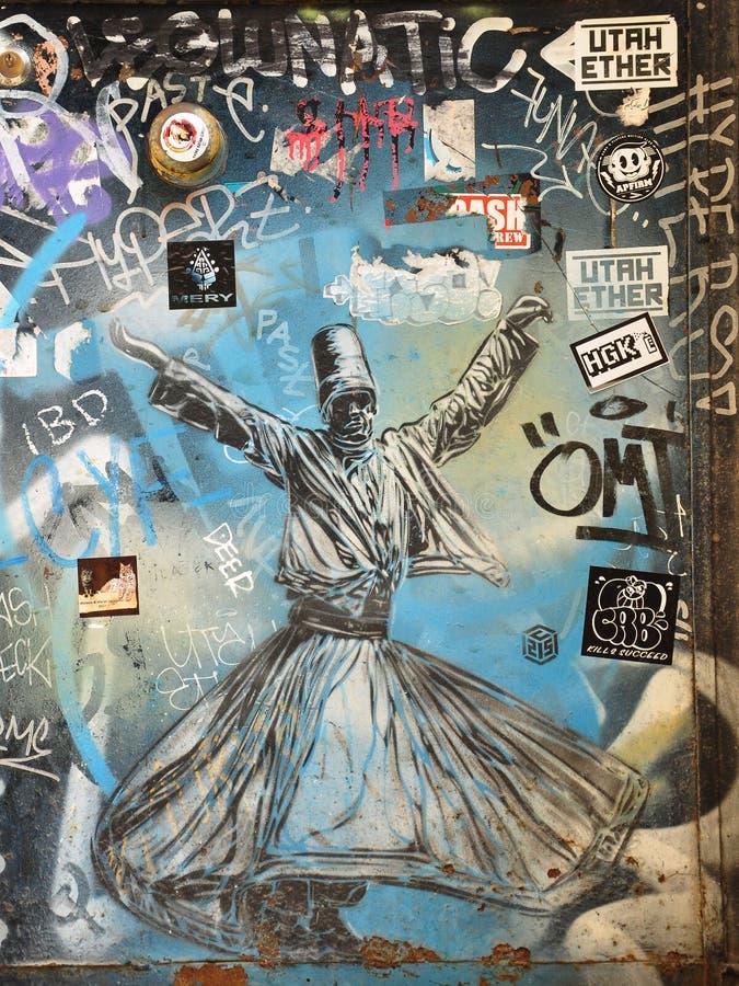 Grafitti på väggarna av Istanbul royaltyfria foton