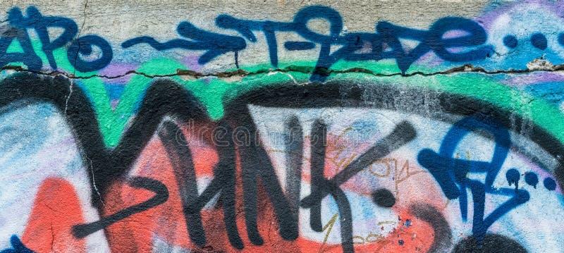 Grafitti på väggen royaltyfria bilder