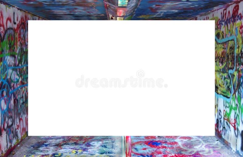 Grafittigräns runt om vit arkivfoton