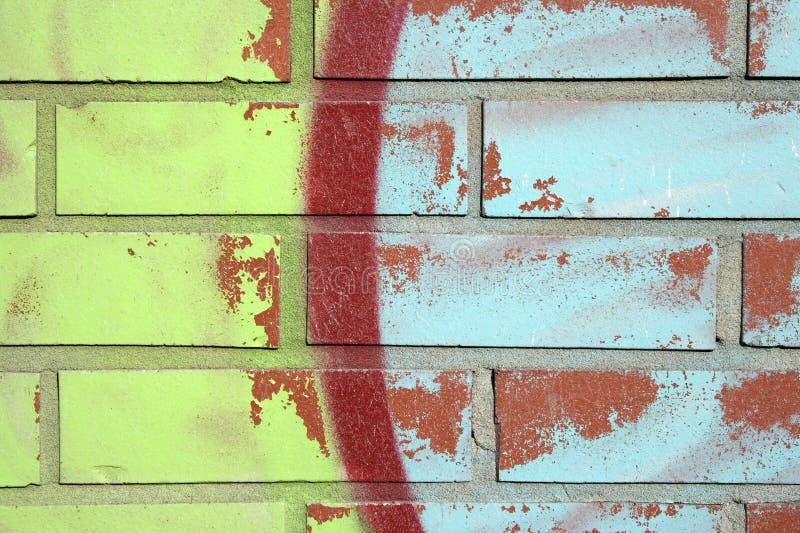 Grafittis coloridos em uma parede fotos de stock royalty free