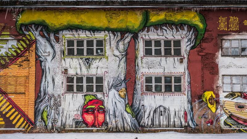 Grafittis da parede da rua em Minsk Bielorrússia fotografia de stock