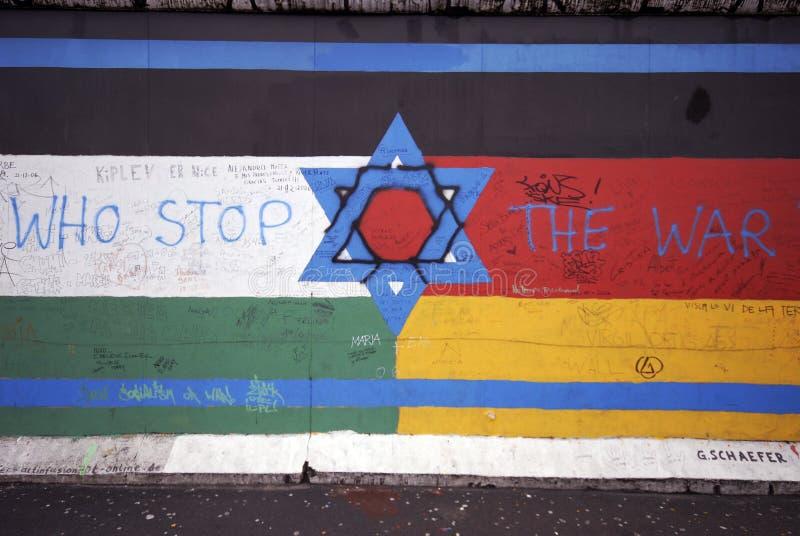 Grafittis do muro de Berlim foto de stock royalty free