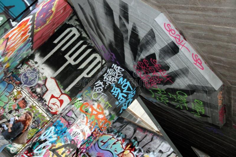 Grafittis Skatepark fotos de stock royalty free