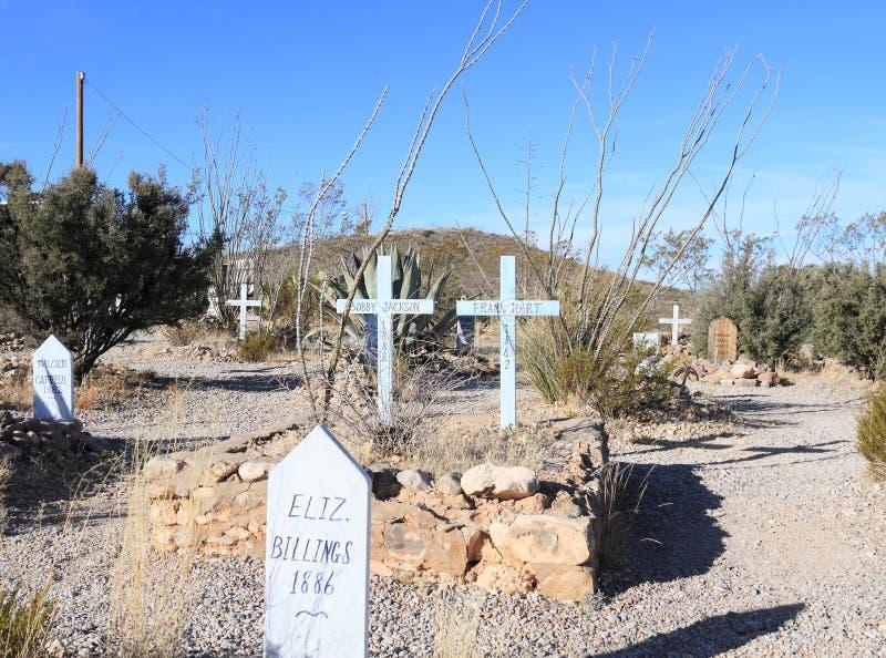 Grafsteen, Arizona: Oud het Westen/Laarsheuvelkerkhof - Graf met Twee Kruisen royalty-vrije stock foto's