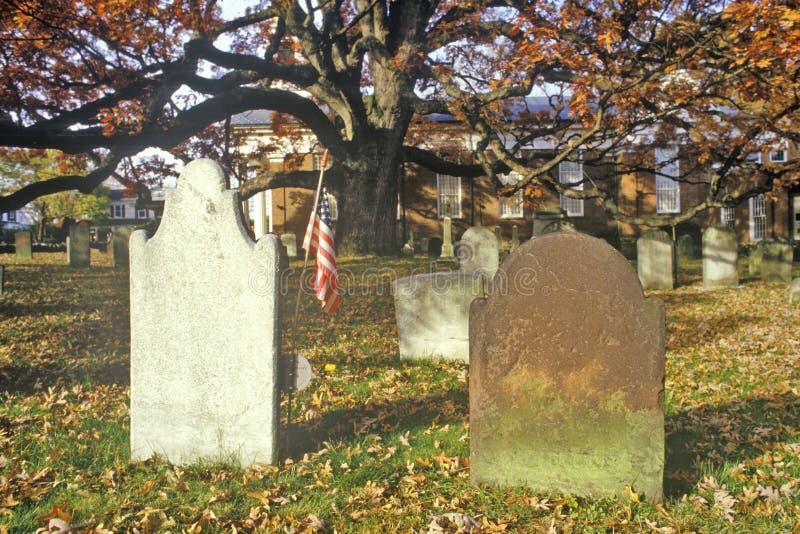 Grafstenen in Presbyteriaanse Kerkwerf, het Zonnebaden Rand, NJ stock afbeelding