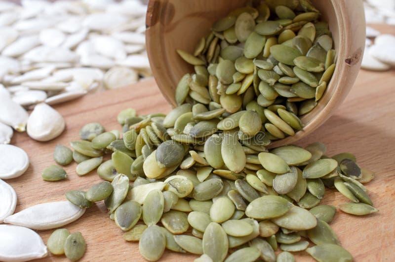 graines de citrouille enlevées photo libre de droits