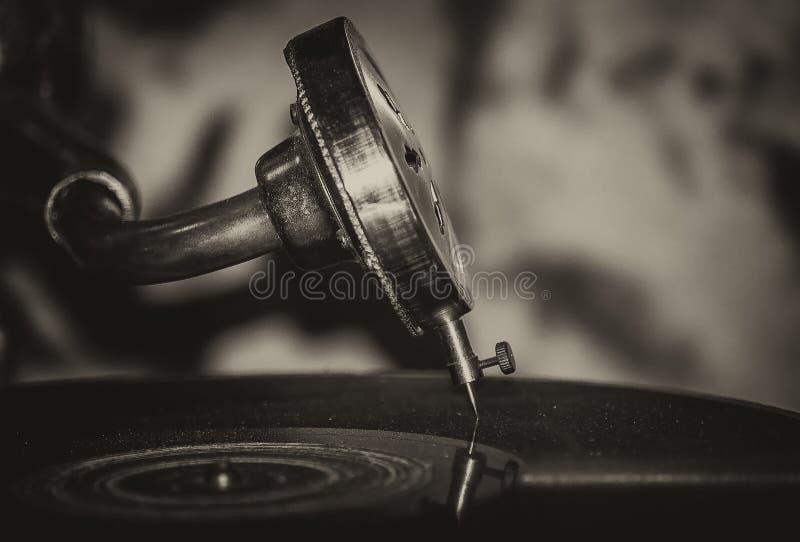 Gramófono de la música de jazz de la escuela vieja foto de archivo