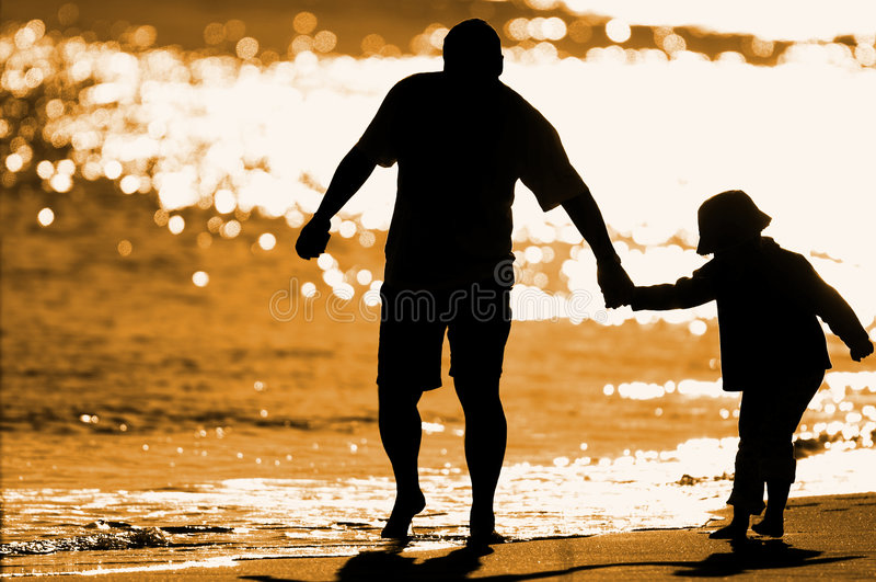 gram seashore dziecko zdjęcia royalty free
