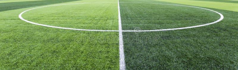 Grama do campo de futebol fotografia de stock