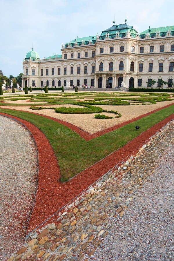 Gramado do castelo do Belvedere imagem de stock