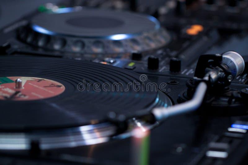 Grammofoonplaat en draaischijf royalty-vrije stock foto's