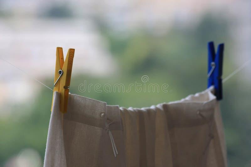 Grampos da lavanderia fotos de stock