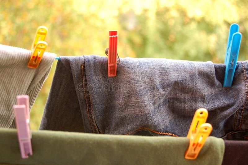 Grampos para a lavanderia imagem de stock royalty free