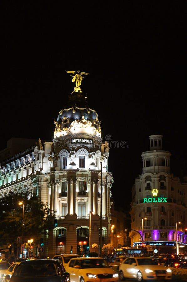 Gran通过马德里街道在夜之前 免版税库存图片