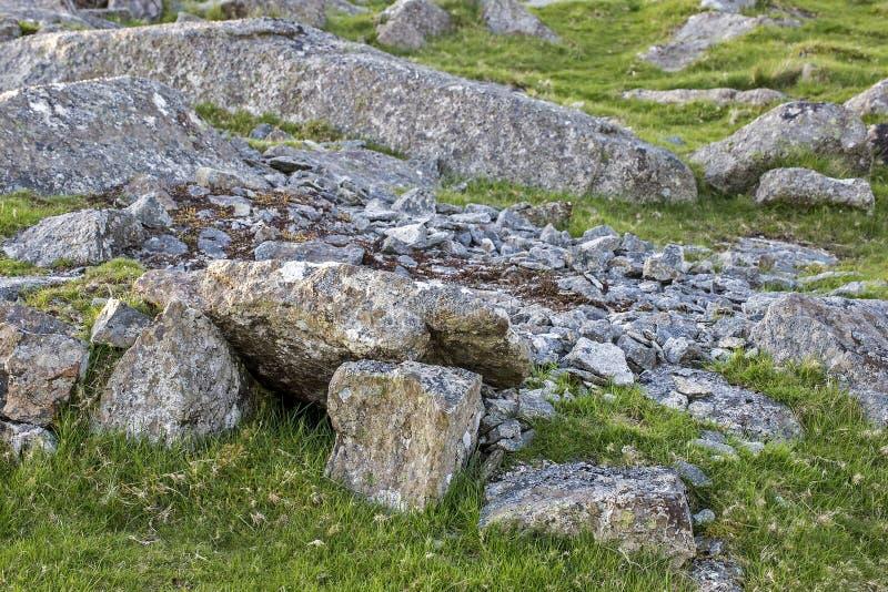 Gran BANCO del TRABAJADOR de la PIEDRA del Tor de la grapa de Dartmoor fotos de archivo