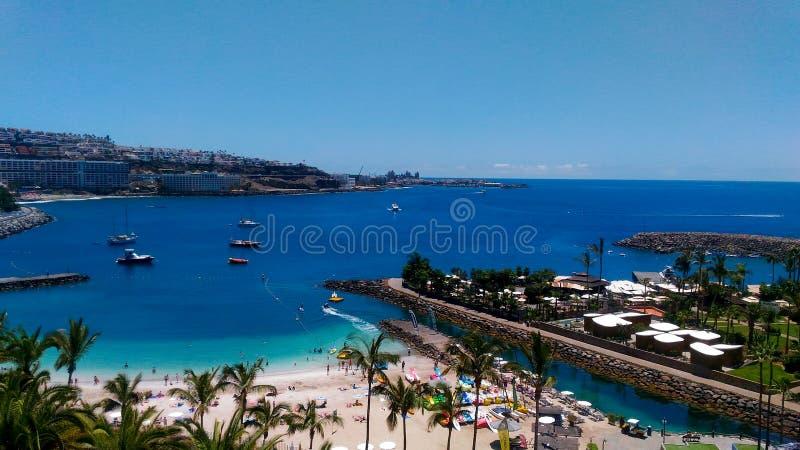 Gran Canaria Anfi Del Mar strand royaltyfri bild