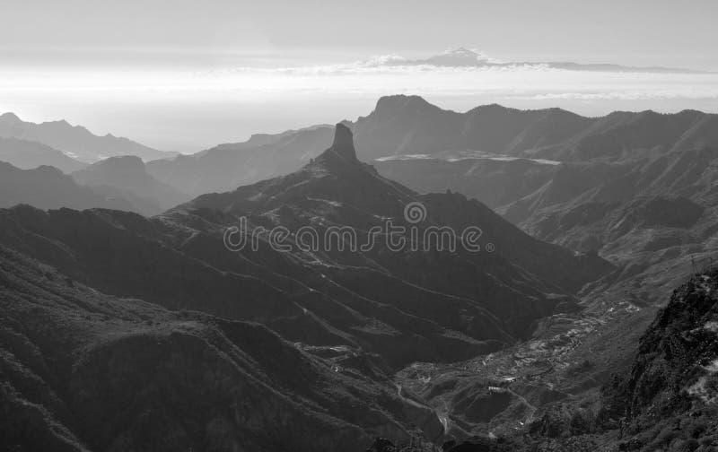 Gran Canaria, Caldera de Tejeda, eftermiddagljus royaltyfri foto