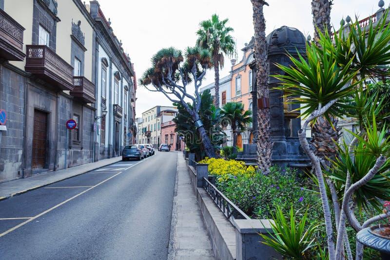 Gran Canaria spain 2 de dezembro de 2018 Ruas bonitas da Espanha de Gran Canaria imagens de stock
