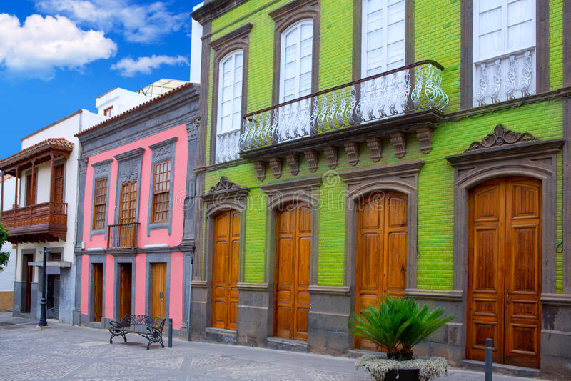Gran Canaria Teror bunte Fassaden lizenzfreies stockbild