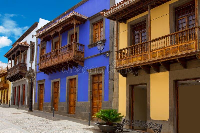 Gran Canaria Teror bunte Fassaden lizenzfreie stockbilder