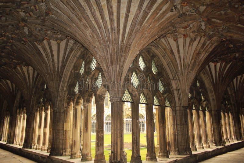 Gran catedral de Cantorbery del claustro fotos de archivo