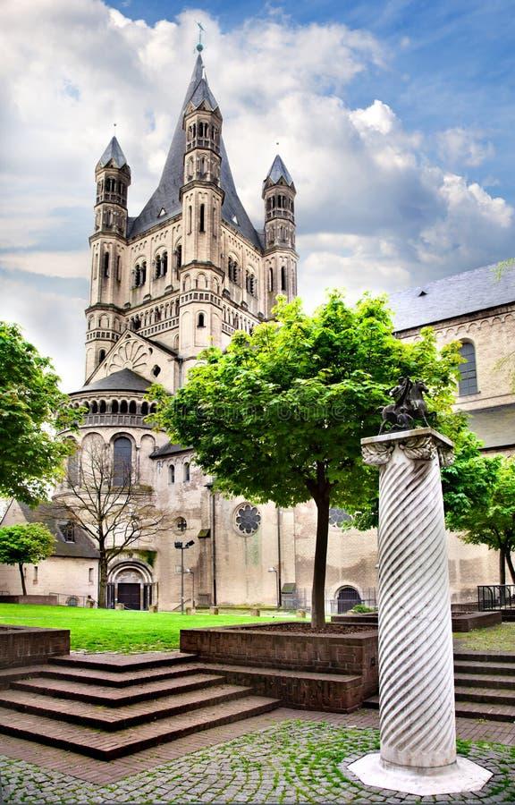 Gran iglesia de San Martín en Colonia foto de archivo libre de regalías