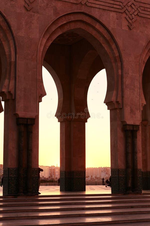 Gran mezquita de Hassan 2 en la puesta del sol en Casablanca, Marruecos beaut fotos de archivo