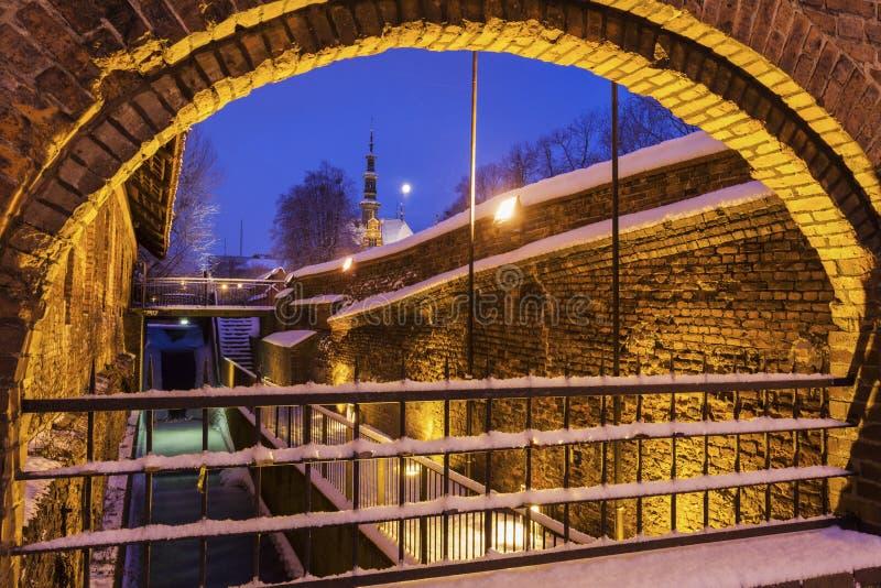 Gran molino en Gdansk en la noche fotos de archivo libres de regalías