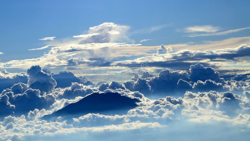 Gran montaña de Merapi imagenes de archivo