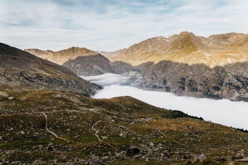 Gran Paradiso bergklättring fotografering för bildbyråer