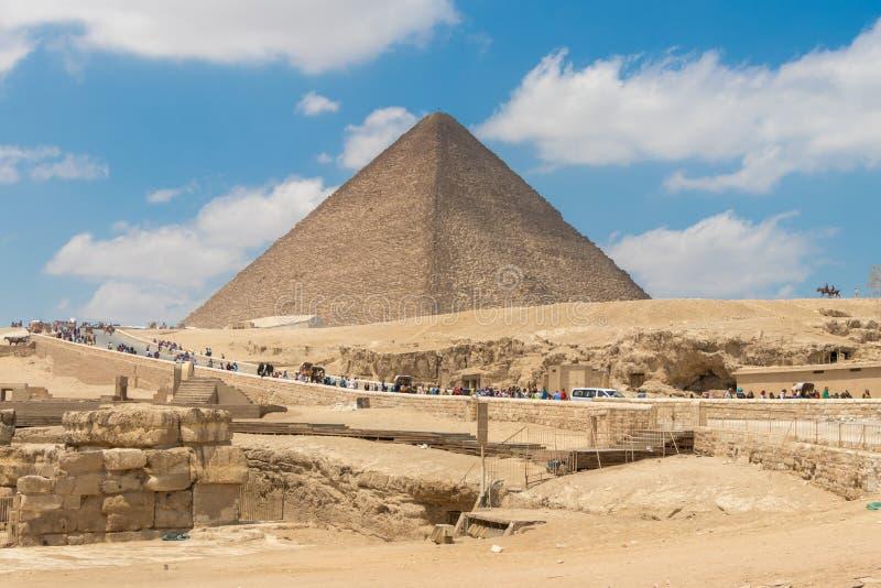 Gran pirámide de Khufu o la pirámide de Cheops en Egipto imagen de archivo