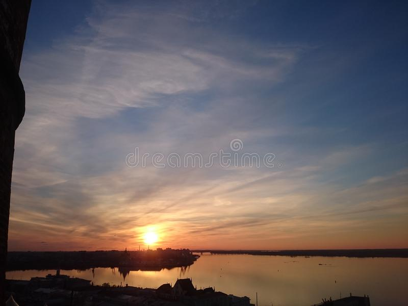 Gran puesta del sol foto de archivo