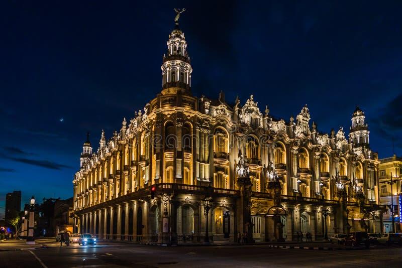 Gran Teatro de La Habana Alicia Alonso por noche imagen de archivo libre de regalías
