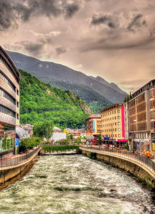 Gran Valira die in Andorra stromen stock foto's