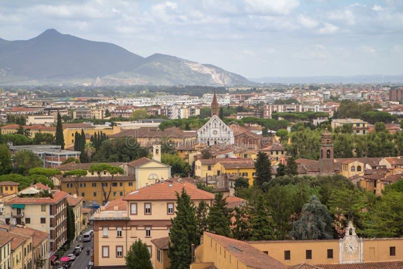 Gran vista de la Pisa de la torre inclinada, Toscana, Italia imagenes de archivo