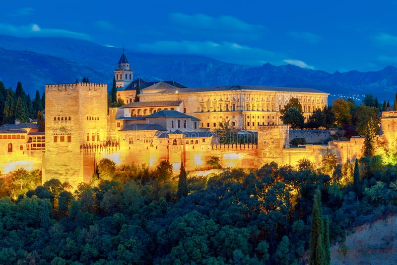 granada Der Festungs- und Palastkomplex Alhambra lizenzfreie stockbilder