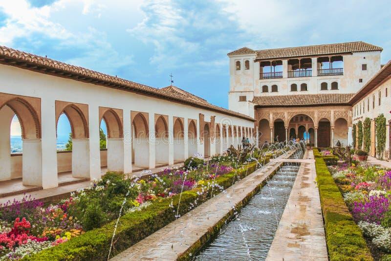 Granada, España - 5/6/18: Jardines de Generalife imágenes de archivo libres de regalías