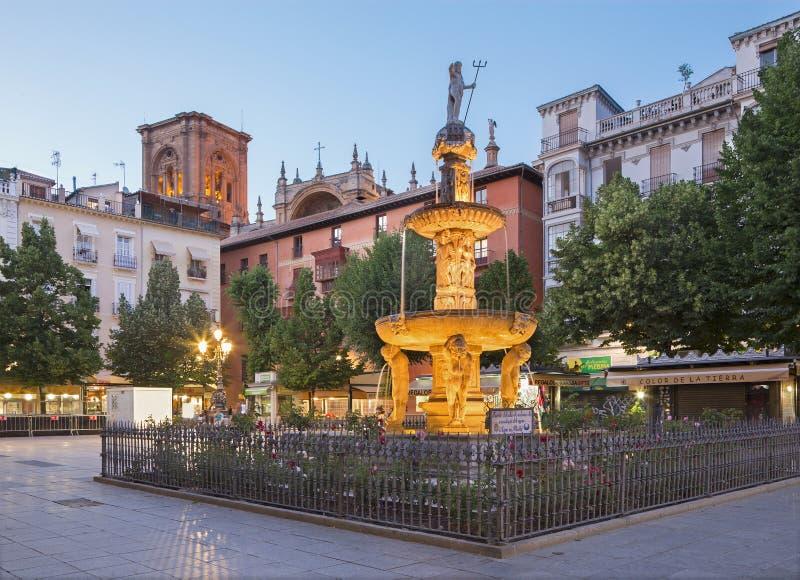 Granada - o quadrado de Rmabla do babador da plaza fotos de stock