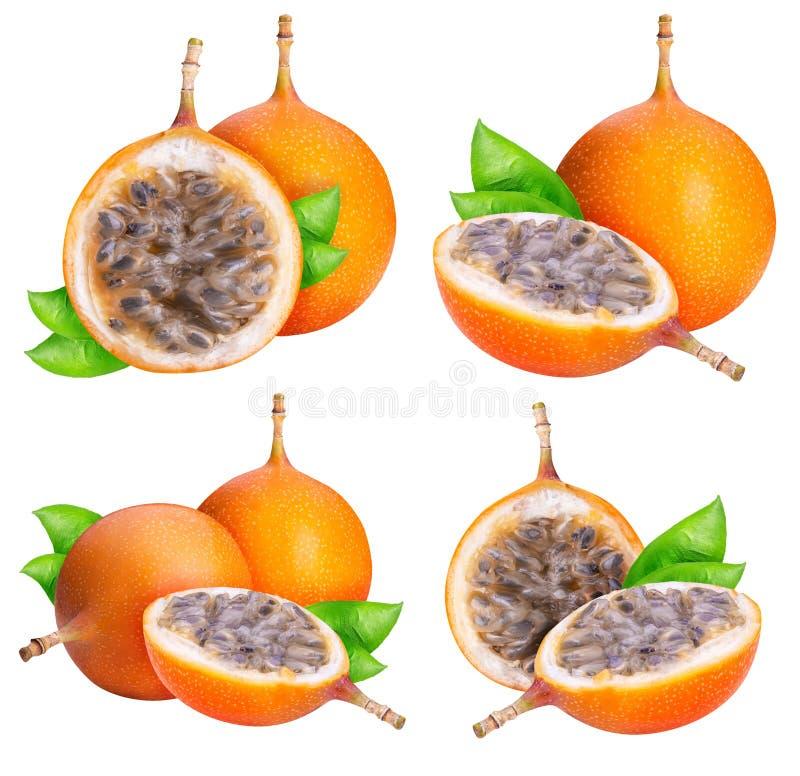 Granadilla φρούτα που απομονώνονται στο άσπρο υπόβαθρο στοκ εικόνες