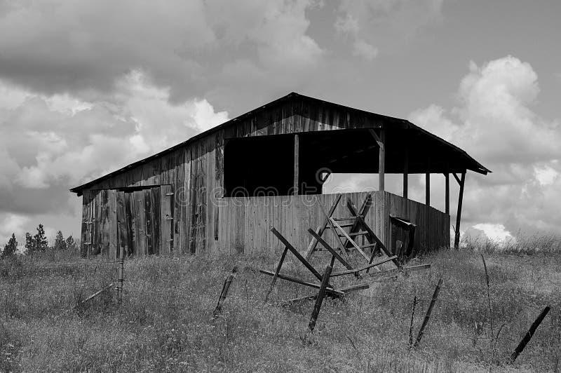 Granai e vita dell'America del righello nell'Idaho immagini stock
