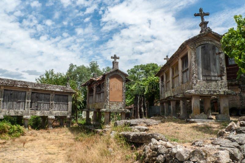Granai a Goaes in Minho Portogallo fotografia stock libera da diritti