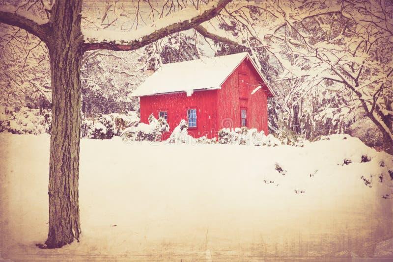 Granaio d'annata e neve fotografia stock