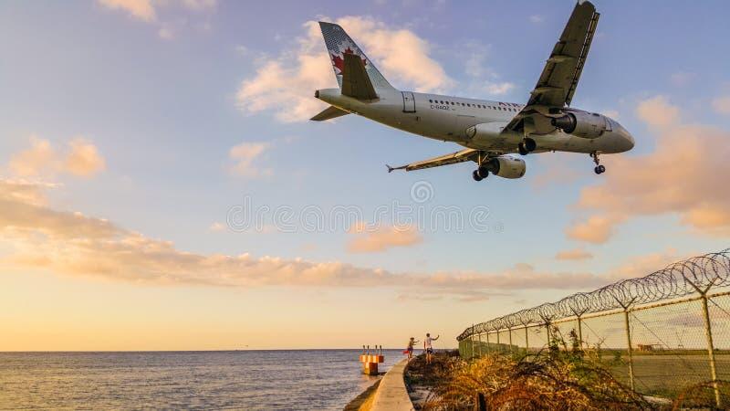 Grand atterrissage plat Jamaïque, Montego Bay photographie stock