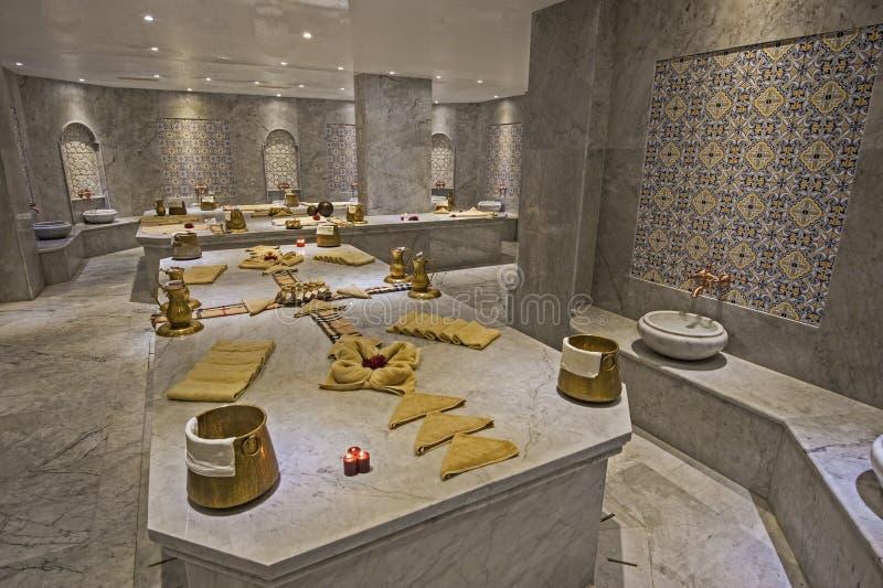 Grand bain turc dans la station thermale de santé photo stock