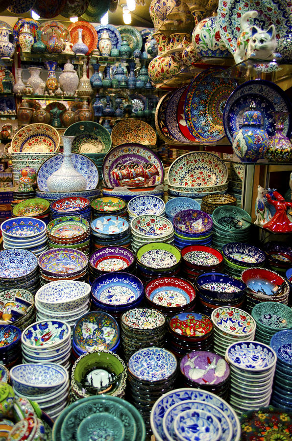 Grand Bazaar Istanbul - colorful souvenirs royalty free stock photos