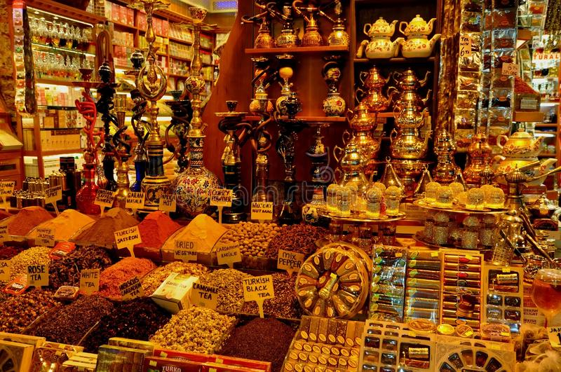 Download Grand Bazaar, Istanbul, Turkey Editorial Stock Image - Image of souvenir, pottery: 39512984